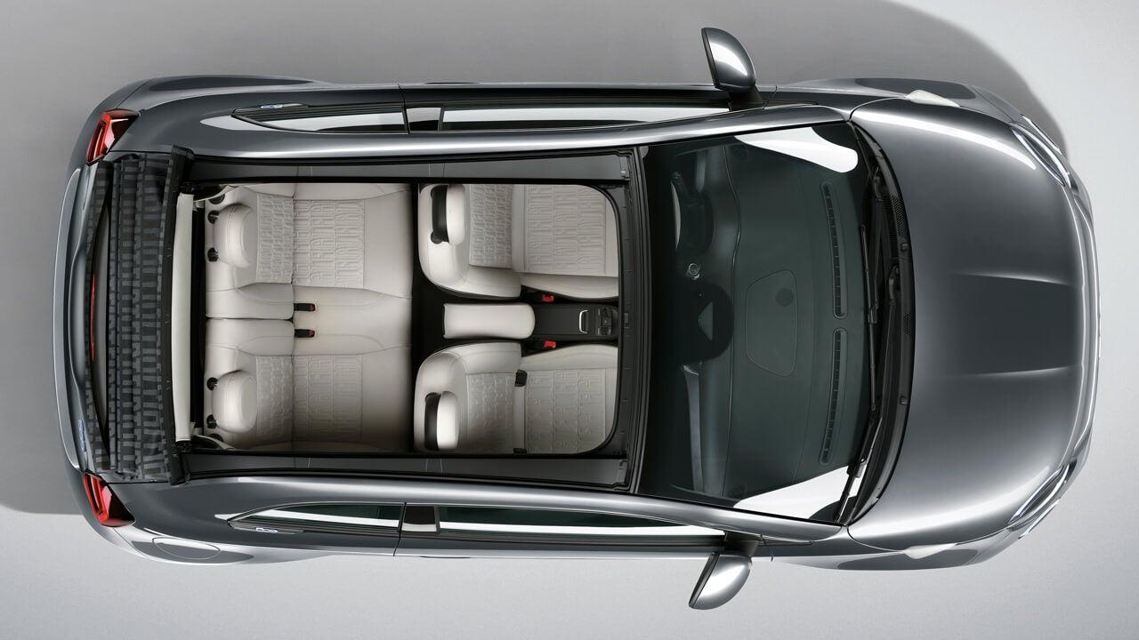 Vista desde arriba del Fiat 500e.