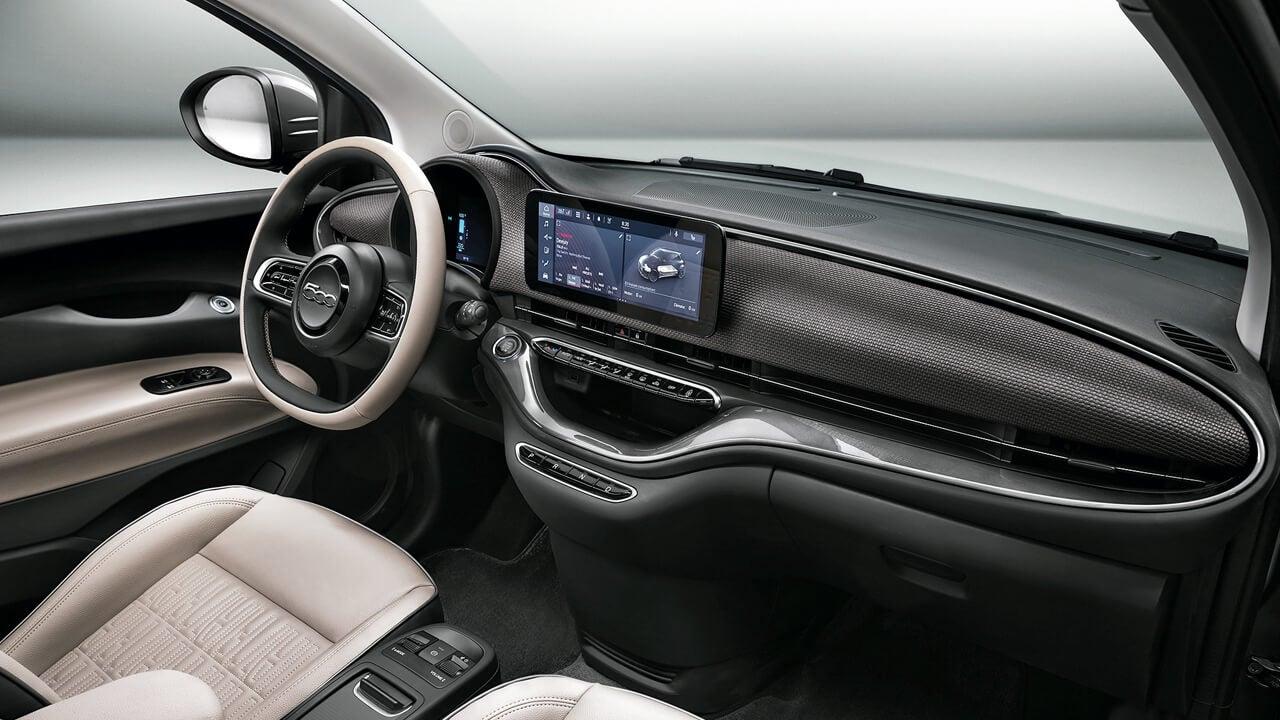 Fiat 500e, interior.
