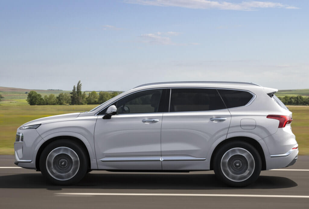 Hyundai Santa Fe 2021, lateral.