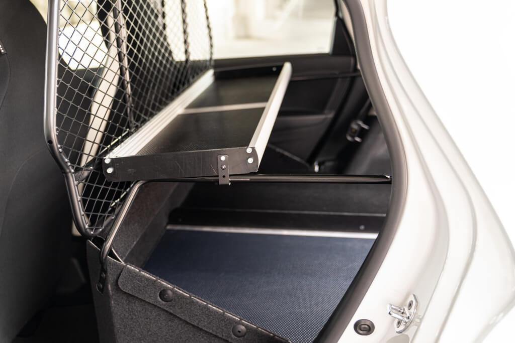 Renault ZOE Van: repisa.