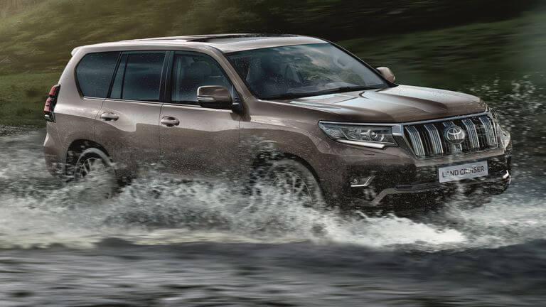 Toyota Land Cruiser 2021: frontal.