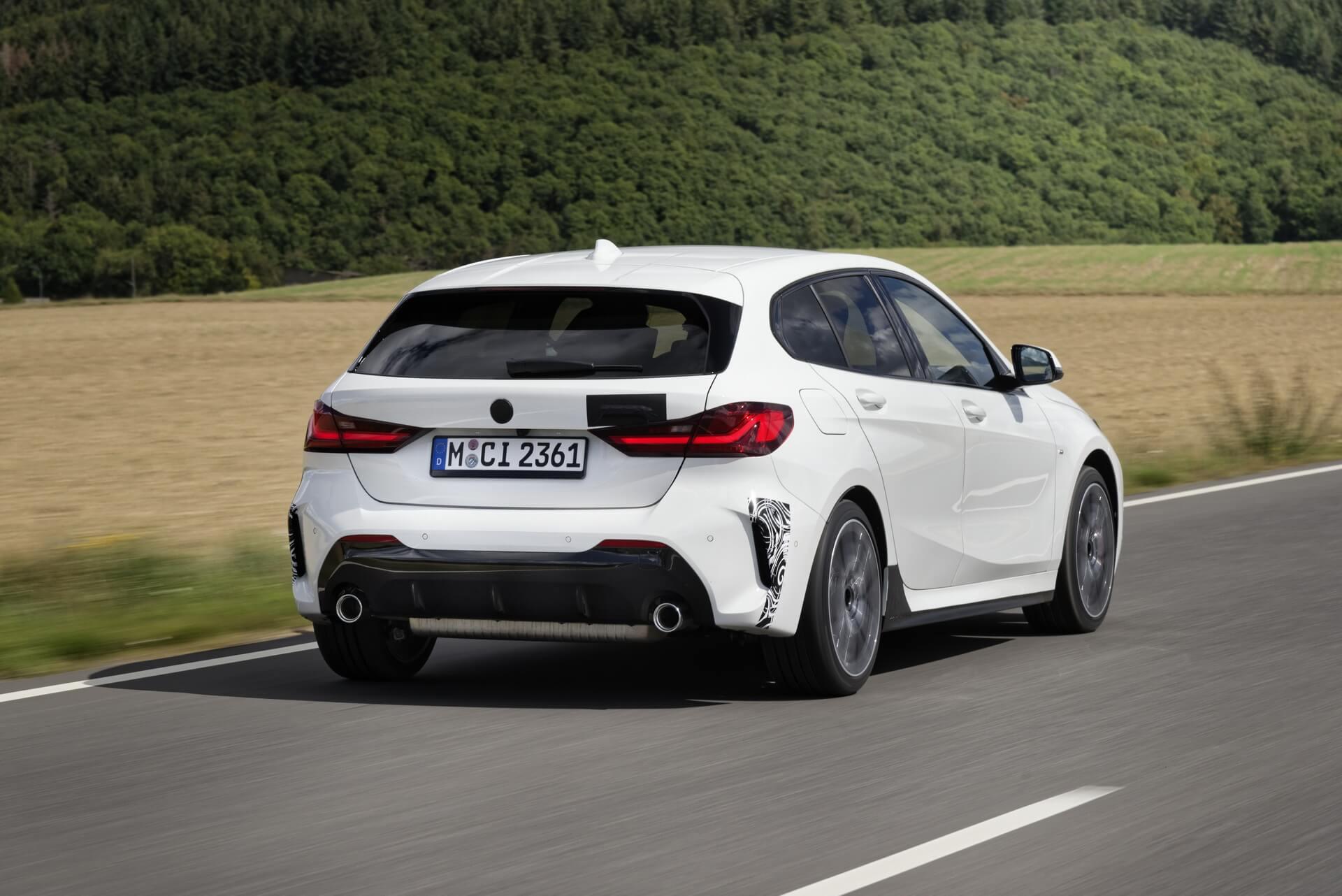 BMW 128ti: trasera.
