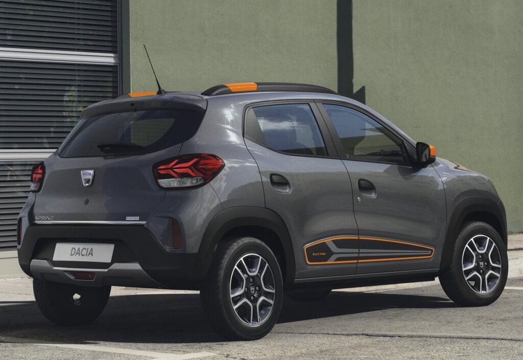 Dacia Spring: trasera.
