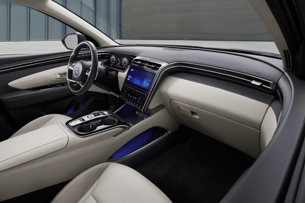 Hyundai Tucson 2021: interior.