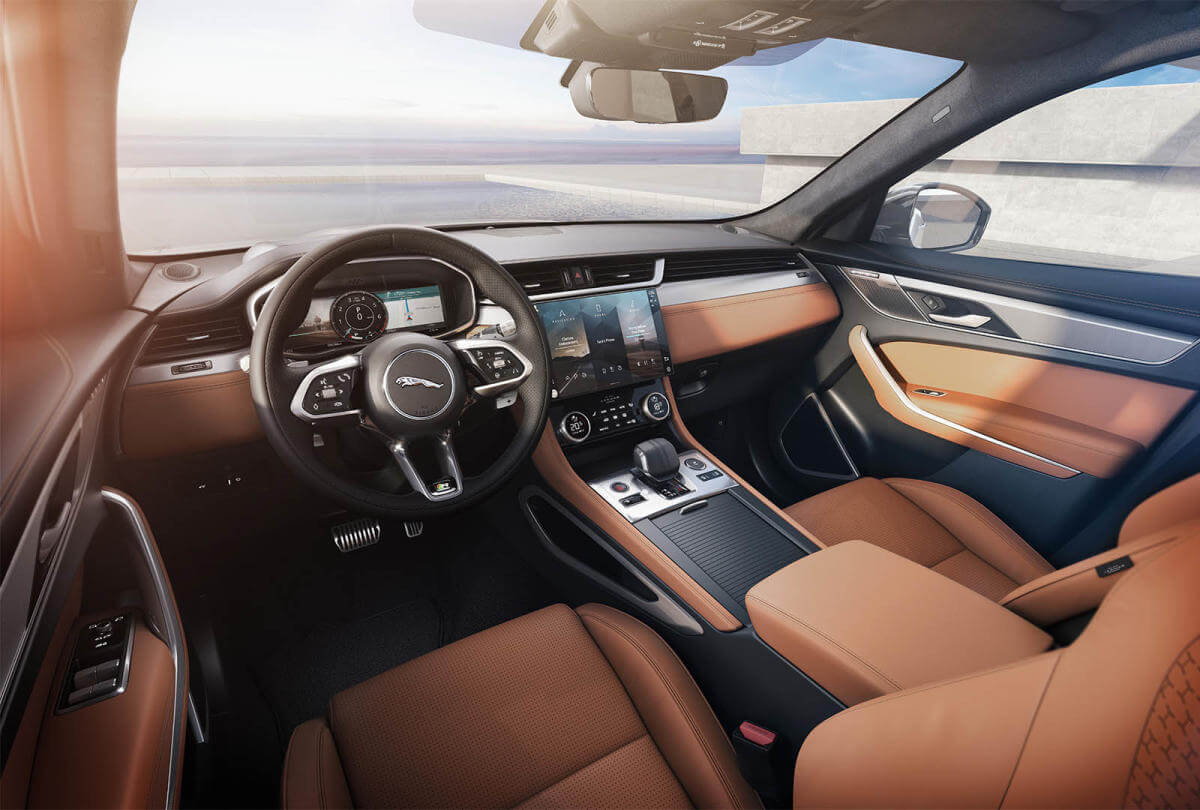Jaguar F-Pace 2021, interior.