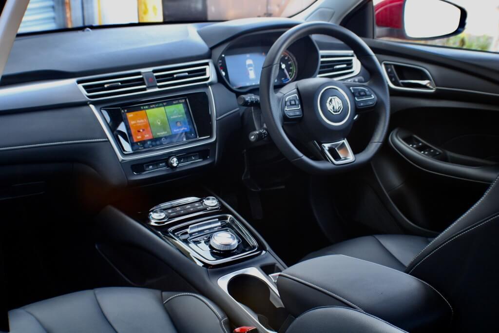 MG5 SW EV: interior.