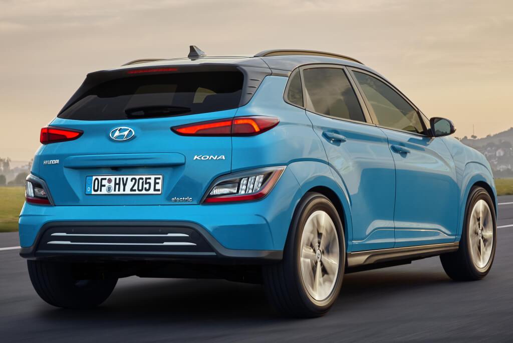 Trasera del Hyundai Kona Electric 2021.