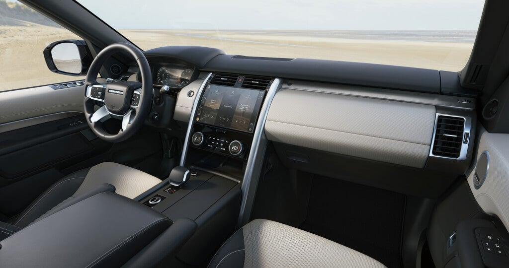 Land Rover Discovery 2021, salpicadero.