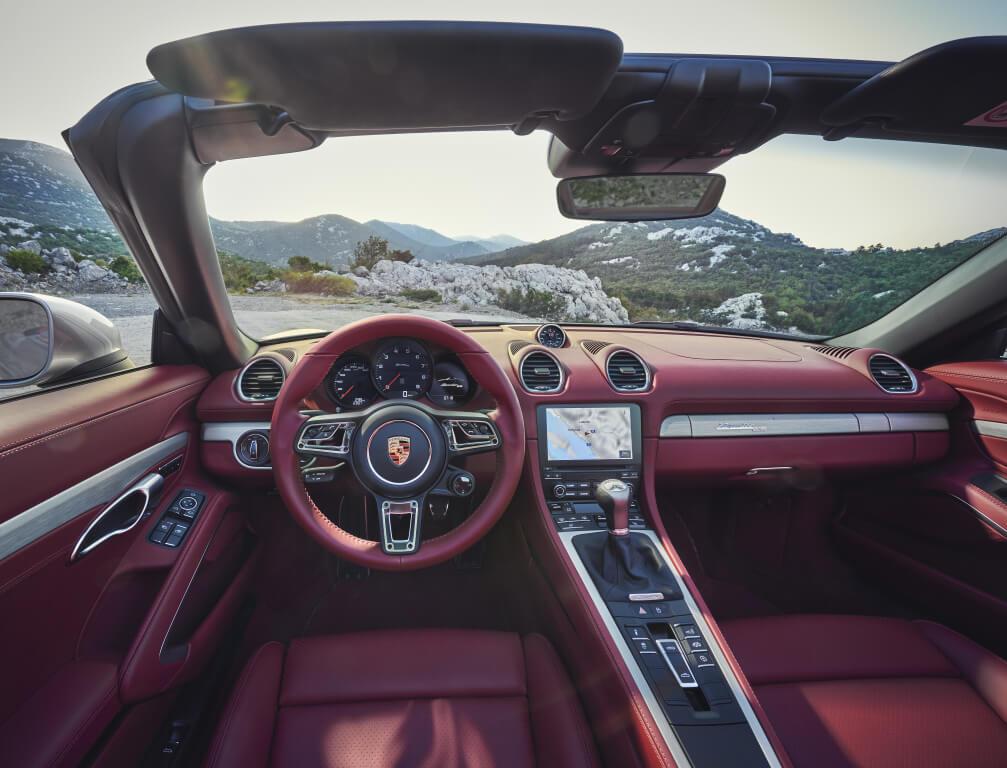 Porsche Boxster 25 Aniversario: interior.