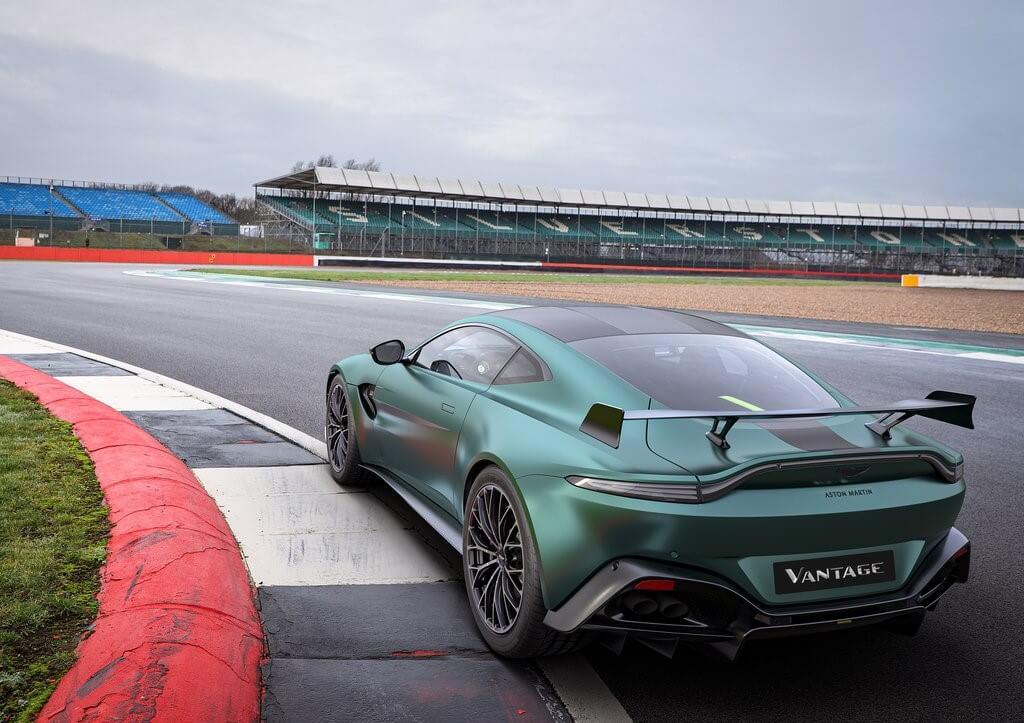 Aston Martin Vantage F1 Edition: trasera.