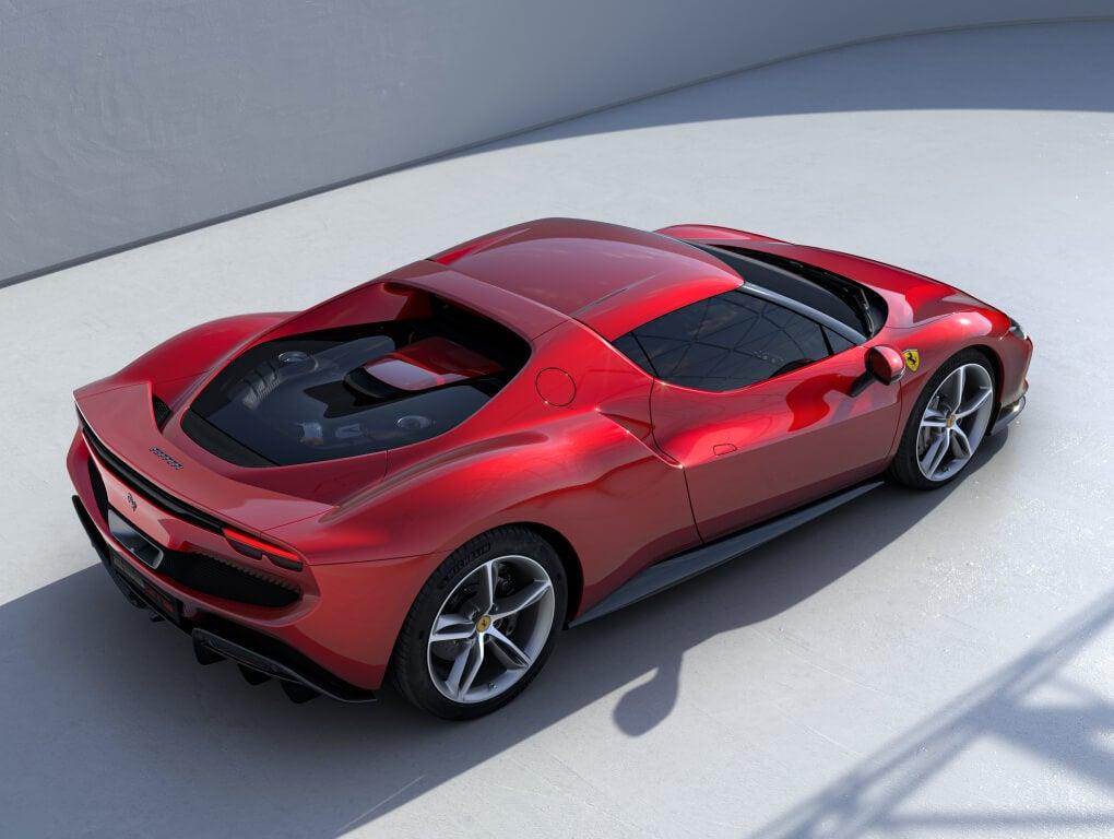 Ferrari 296 GTB: superior.
