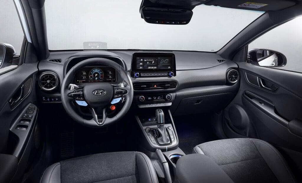 Hyundai Kona N: interior.