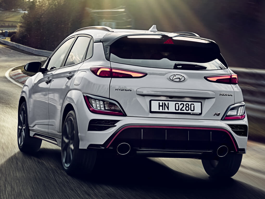 Hyundai Kona N: trasera.