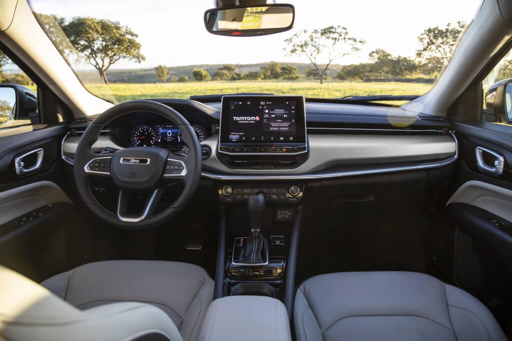 Jeep Compass 2021, interior.